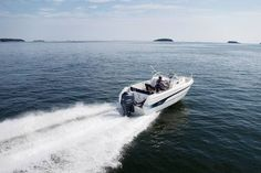 Yamarin Powerboat model range: Day Cruisers, Bow Riders, open Console Boats and the smart Yamarin Cabin. Power Boats, Walking, Model, Mathematical Model, Motor Boats, Walks, Pattern, Modeling