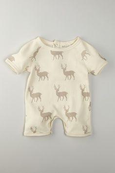 Organic Cotton Short Sleeve Romper. MY BABY NEEDS!!!