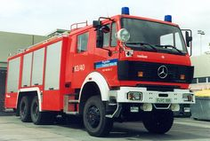 Flughafen Frankfurt HTLF-40/40-Mixmatic Mercedes Benz 2635 A 41 Rosenbauer