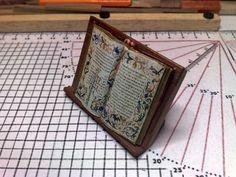 Atril miniatura, tutorial paso a paso de como construirlo, DIY miniature book