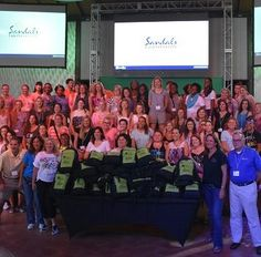 #SocialMediaOnTheSand - A CONFERENCE IN PARADISE FOR INFLUENCERS #BEACHESMOMS #Sharepossible @beachesresorts