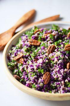 Rødkålssalat med quinoa, pekannødder og appelsindressing