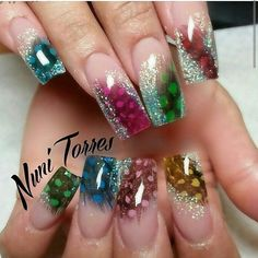 """""""It's fall season . time to pull out the feathers 😊😊😊"""" Perfect Nails, Gorgeous Nails, Pretty Nails, Sexy Nail Art, Sexy Nails, Bling Nails, Glitter Nails, Glitter French Tips, Encapsulated Nails"""