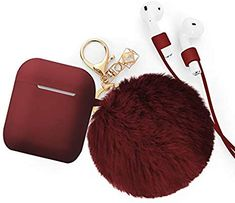 Flattering Unique Airpods case keychain with fur fluffy ball make you so special in the crowd Risk-Free with BLUEWIND. New arrival super cute airpods case with soft fluffy pompom keychains, a nice soft feeling against your skin gently. Cute Phone Cases, Iphone Phone Cases, Ipod, Phone Covers, Smartwatch, Accessoires Iphone, Earphone Case, Air Pods, Airpod Case