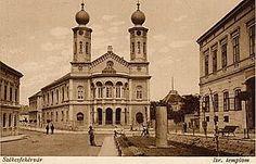 Zsinagóga épületét a II. Budapest, Notre Dame, Hungary, Building, Travel, Viajes, Buildings, Destinations, Traveling