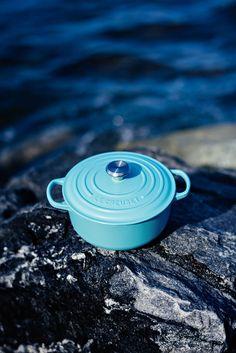 Cocotte rotonda Blu #Riviera. Disponibile nel monomarca di Milano e nello store online
