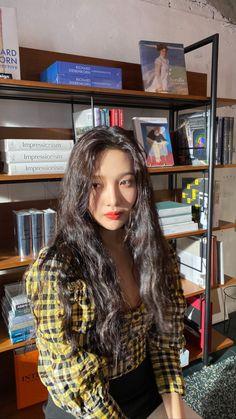 Seulgi, Exo Red Velvet, Red Velvet Joy, South Korean Girls, Korean Girl Groups, Korean Women, Irene, Joy Instagram, Instagram Story
