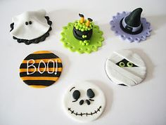 halloween cupcake ideas candy pumpkin black cupcakes and marshmallow frosting - Halloween Decorations Cupcakes