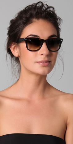 Love these Ray-Ban Folding Wayfarer sunglasses. Have the white but really want the black.