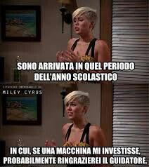 Crazy Funny Memes, Wtf Funny, Funny Cute, Funny Jokes, Funny Images, Funny Pictures, Cute Phrases, Italian Memes, Celebrity Memes