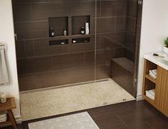 douche italienne à combiné encastré et receveur moderne