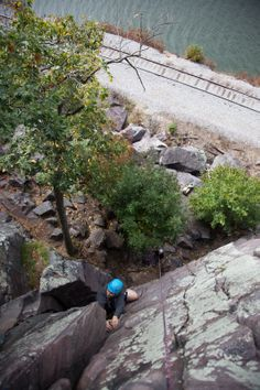 Nick works his way up into the upper dihedral of The Pillar (5.6)
