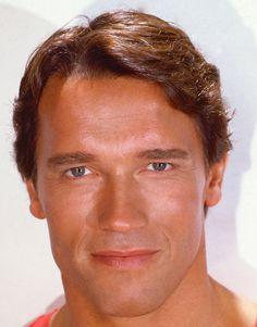 Arnold Schwarzenegger. (enneagram: 351 so/sp)