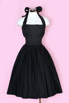 737fe638dbd Beautiful dress with high waist and full skirt to hide tummy pooching out