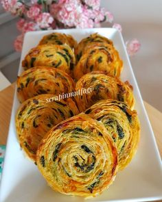 Image may contain: food and indoor Turkish Recipes, Ethnic Recipes, Good Food, Yummy Food, Shellfish Recipes, Breakfast Items, Food Design, Family Meals, Vegetarian Recipes