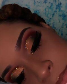 makeup look natural makeup look dramatic makeup look for brown eyes makeup look indian makeup look step by step makeup look for black women summer mak. Makeup Looks For Brown Eyes, Makeup Eye Looks, Creative Makeup Looks, Natural Makeup Looks, Pretty Makeup, Black Girl Makeup, Girls Makeup, Maquillage Yeux Cut Crease, Glamour Makeup