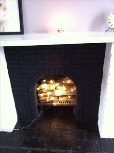 #Fairylights used in the fireplace when fire isn't needed! Gorgeous idea