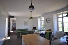 Pièce à vivre. Piece A Vivre, Conference Room, Table, Furniture, Home Decor, Wisteria Tree, Colors, Decoration Home, Room Decor