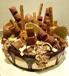 Baking of...: Kinder-kakku (valkosuklaa-maitosuklaakakku)