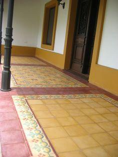 Galeria en mosaicos calcareos Indian Home Design, Indian Home Decor, Floor Design, Tile Design, Rustic Patio, Model House Plan, Indian Interiors, Vintage Cafe, Indian Homes
