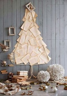 Thinking about having an alternative Christmas tree? Want to see the best ideas? We've rounded up the top 16 alternative Christmas tree ideas. Creative Christmas Trees, Diy Christmas Tree, Winter Christmas, All Things Christmas, Christmas Tree Decorations, Christmas Holidays, Nordic Christmas, Modern Christmas, Holiday Tree