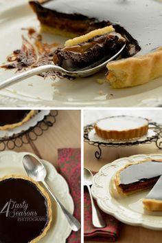 Caramel-chocolate tartelettes
