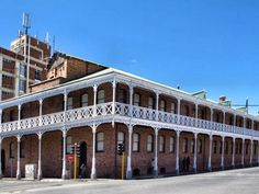 Původní centrála společnosti De Beers, Kimberley, South Africa Diamond City, Travel Box, My Town, Live, Monuments, Old Houses, Places Ive Been, South Africa, Buildings