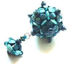 Zuzana in blue, beaded bead