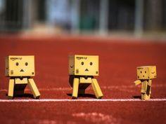 Danbos en una pista de atletismo