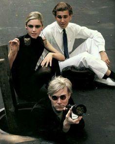 37 vind-ik-leuks, 2 reacties - @onedayonecrotte op Instagram: 'Andy Warhol, Edie Sedgwick et Chuck Wien photo de Burt Glinn en 1965. #andywarhol #warhol…'