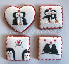 Adorable Penguins in Love Cookie Connection Fancy Cookies, Cute Cookies, Cookies And Cream, Valentine Sugar Cookie Recipe, Valentines Day Cookies, Cupcakes, Cupcake Cookies, Food Design, Cookie Crush