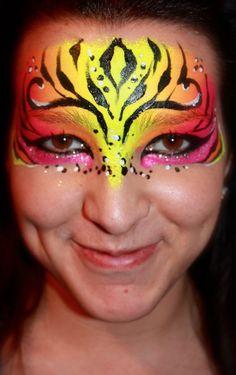 DIY Tiger Mask Face Paint #DIY #Tigers #Masks #Halloween #HalloweenCostumes #Costumes #FacePainting #Birthdays #Birthday #Parties #Party