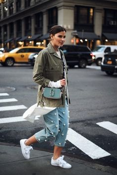 The Sneakers All Fashion Insiders Are Wearing Now