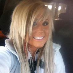 Chelsea Houska has the cutest hair ever!