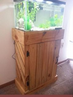 Pallets Made Fish Tank Stand                              …