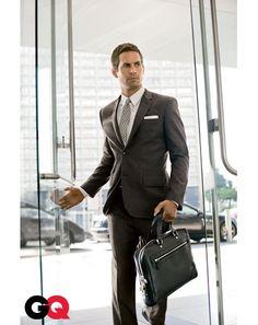 Dark grey suit. Paul Walker.