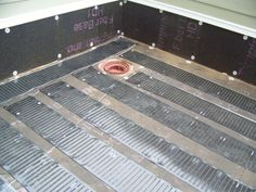 This hotel's roof is flat and would continuously fill with snow during the winter months in North Dakota. They installed STEP Warmfloor on the roof to prevent the snow from freezing and blocking the drains.