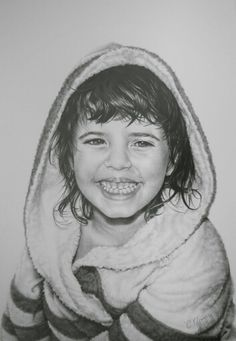 Portrait, chiaroscuro, pencils on paper. www.facebook.com/limaelabor #draw #drawing #pencils #art #chiaroscuro #portrait