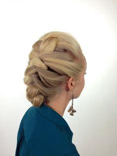 Sam Villa textured braids