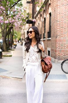 Summer trench coat + lace top + white pants + brown purse