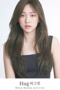 Korean Hair Color Brown, Korean Long Hair, Hair Color Asian, Korean Hairstyle Long, Hair Korean Style, Korean Haircut Long, Korean Hairstyles Women, Japanese Hairstyles, Asian Hairstyles