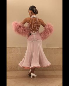 Image may contain: one or more people and people standing Latin Ballroom Dresses, Ballroom Dance Dresses, Ballroom Dancing, Salsa Dress, Most Beautiful Dresses, Dance Fashion, Dance Outfits, Dance Wear, Ball Gowns