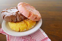 Polvorones/cookies found in Mexican bakeries. BEST DESSERT EVER!