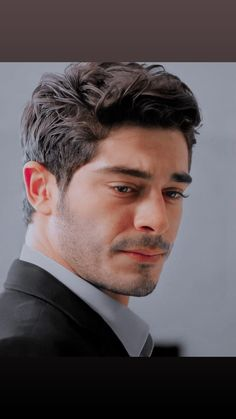 Turkish Men, Turkish Actors, Instagram Logo Transparent, Mens Hairstyles Fade, Hayat And Murat, Faded Hair, Barista, Handsome, Hair Styles
