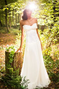 GWANNI : Créateur de robes de mariée | french wedding dress designer - robe Amlie. robe mariée vintage. robe bohème. robe mariée boheme.
