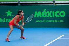Marcela Zacarías fue eliminada del @Abierto Monterrey  tras perder ante Aleksandra Wozniaka (01/04/14) Foto: Roberto Alanís