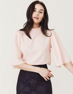 29cb612bf13d 11 amazing kläder -vill ha images in 2019 | Babe, Blouse, Blouses