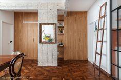 Uma reforma guiada pelo afeto | Capítulo 1 | Histórias de Casa Home Office, Kitchen Dining, Dining Room, Modern Retro, Interior Design, 1, Furniture, Home Decor, Board