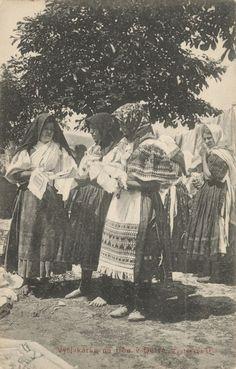 Pavol Socháň: Vyšivkárka na trhu v Detve 1912, Slovakia Heart Of Europe, Czech Republic, Nostalgia, The Past, Culture, History, Painting, Travelling, Costumes