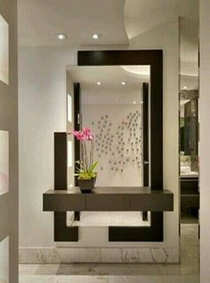 Trendy home decored entryway table mirror 46 Ideas Home Entrance Decor, Entryway Decor, Wall Decor, Home Living Room, Living Room Designs, Living Room Decor, Flur Design, Dressing Table Design, Room Partition Designs